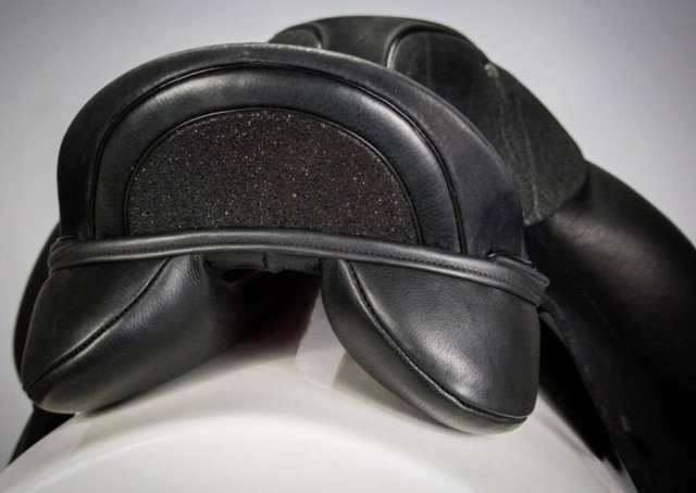 Black swarovski fabric cantle - Custom Saddlery, Dressage Saddles | Drakesaddlesavvy.com