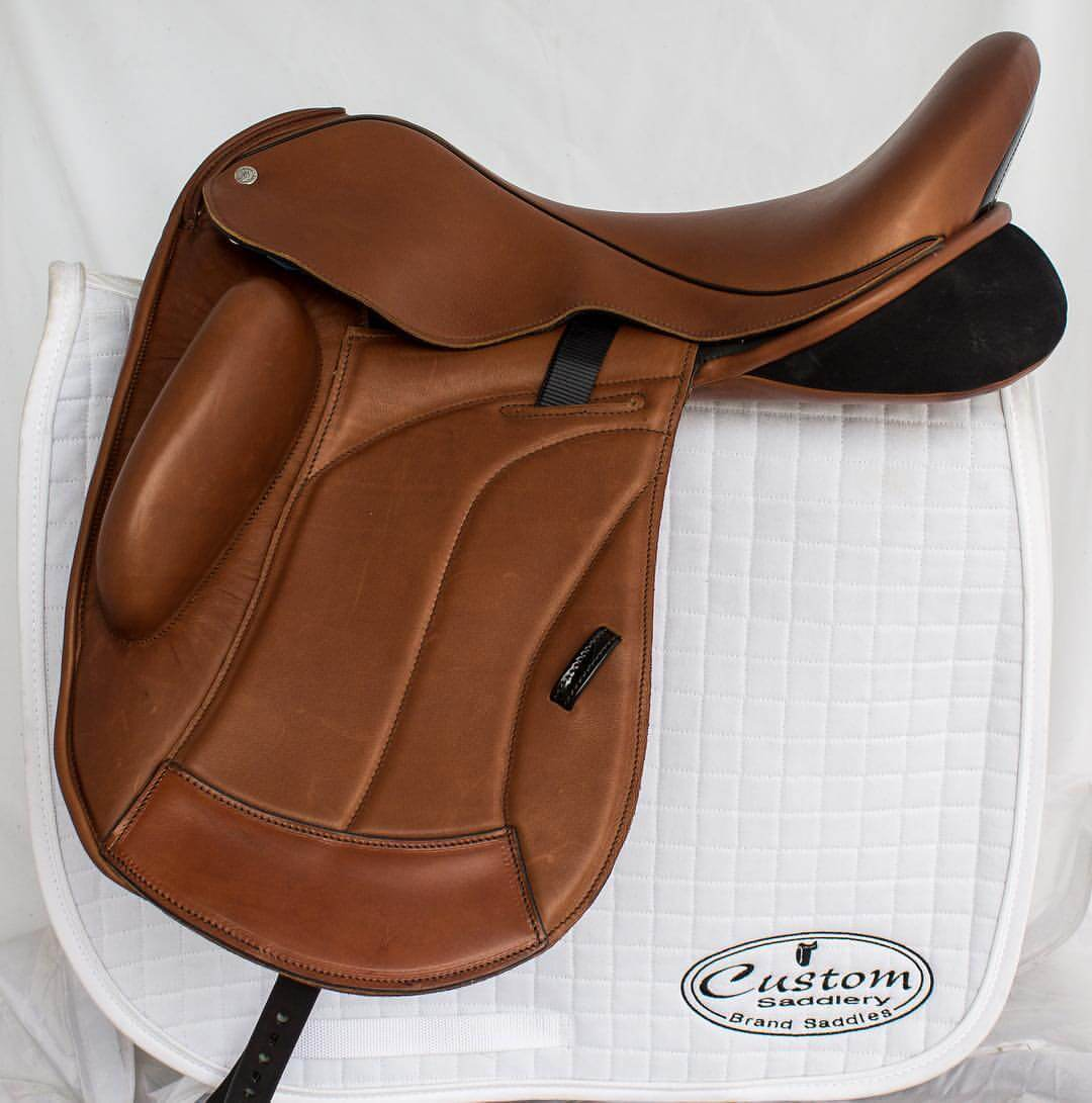 Solo caramel black vienna - Custom Saddlery, Dressage Saddles | Drakesaddlesavvy.com