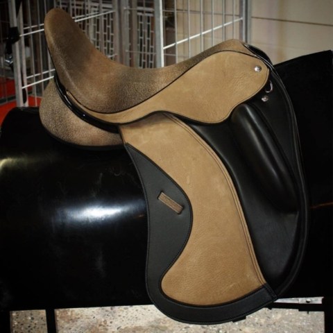 Deer skin black vienna - Custom Saddlery, Dressage Saddles   Drakesaddlesavvy.com