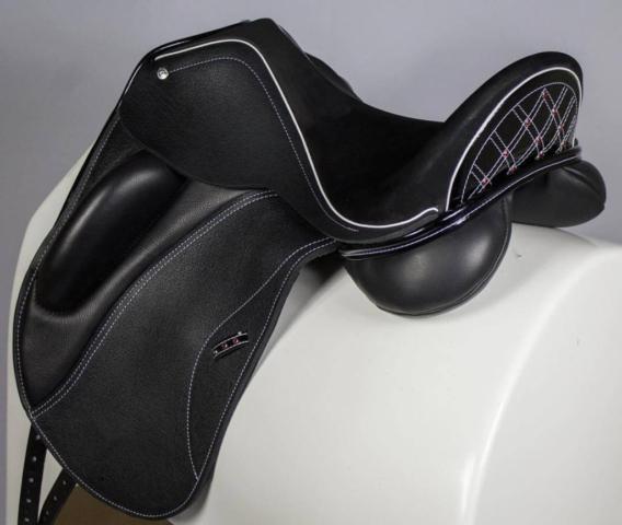 Everest mono blk patent basketweave red crystals - Custom Saddlery, Dressage Saddles   Drakesaddlesavvy.com
