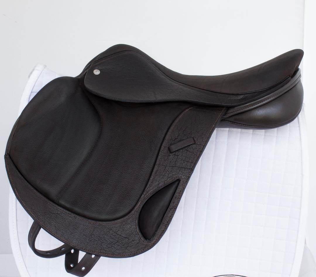 MC mono brn buff - Custom Saddlery, Dressage Saddles   Drakesaddlesavvy.com